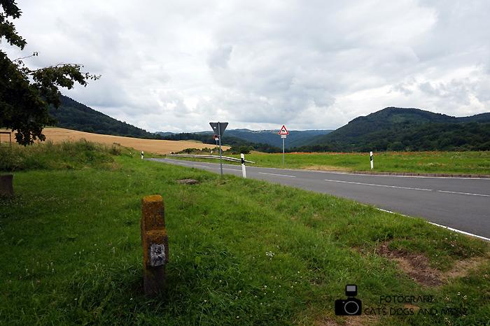Hinab in Richtung Schloss Bürresheim