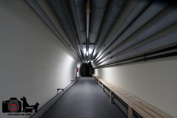 Durchgang im Bunker