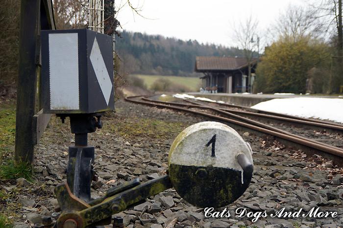 Endhaltestelle des Vulkan-Express in Engeln