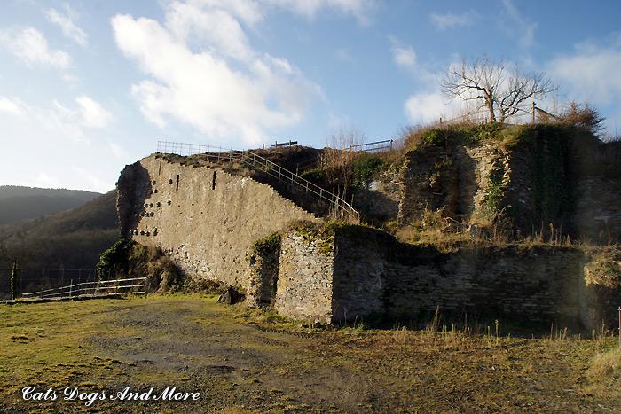 Ruine Saffenburg bei Mayschoß (Ahr)