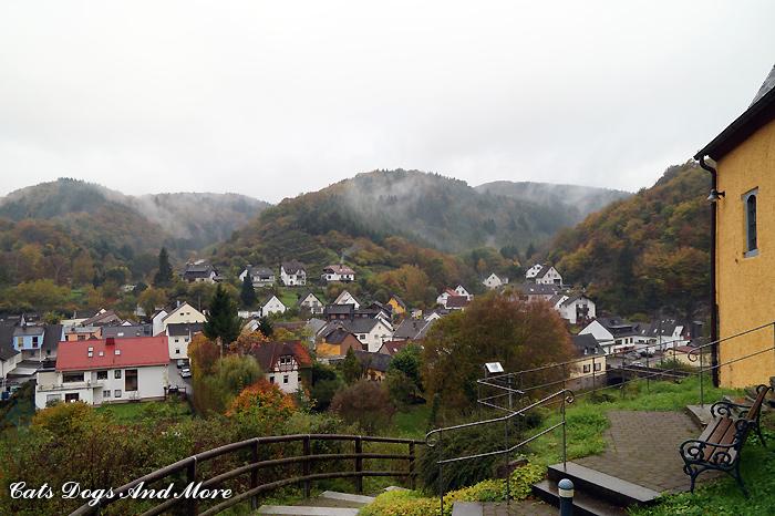 Blick auf Brück (Foto aus dem Herbst)