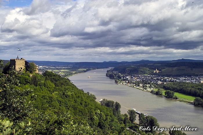 Burg Rheineck bei Bad Breisig